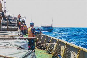 Tàu cá hỏng máy, 5 ngư dân gặp nạn