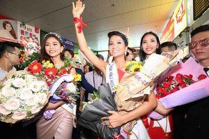 Hoa hậu H'Hen Niê và ý nghĩa của dải băng đỏ luôn đồng hành trên tay