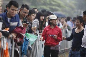 Phe vé trận Việt Nam - Philippines sẵn sàng mua lại 7 triệu đồng/ cặp