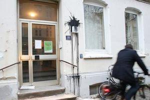 Dinh thự của Bộ trưởng Tài chính Đức bị 14 kẻ lạ mặt tấn công