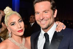 Lady Gaga quyến rũ, hội ngộ 'người tình màn ảnh' Bradley Cooper