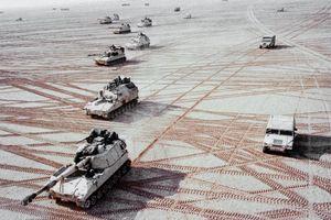 Chiến dịch Bão táp Sa mạc, dấu ấn lớn trong sự nghiệp của Bush 'cha'