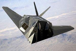 Cận cảnh xác máy bay tàng hình Mỹ bị tên lửa SA-3 'vít cổ'