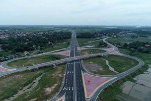 Ô tô lưu thông trên Cao tốc Hạ Long – Hải Phòng được chạy với tốc độ 100km/h