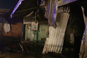 Cháy dãy trọ công nhân lúc rạng sáng, cô gái 18 tuổi tử vong