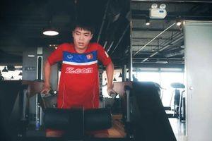Văn Toàn miệt mài tập Gym, quyết sút tung lưới Philipines tại sân Mỹ Đình