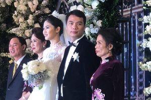Á hậu Thanh Tú rạng rỡ trong tiệc cưới xa hoa với chồng CEO giàu có