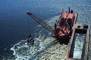 Lệ phí cấp giấy phép nhận chìm ở biển là 22,5 triệu đồng/giấy phép