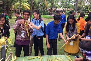 Đại biểu Thanh niên Đông Nam Á – Nhật Bản góp ý phát triển buýt đường sông kết hợp du lịch ở TPHCM