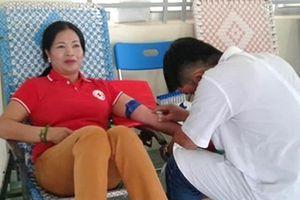 Người phụ nữ hơn 90 lần hiến máu