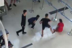 Vụ 3 thanh niên gây rối tại sân bay Thọ Xuân: Xử phạt nhân viên an ninh
