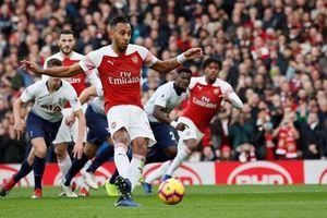 Pháo thủ lội ngược dòng ấn tượng trước Tottenham ở trận derby London