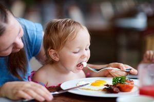 Top 7 món ăn ĐẠI BỔ NÃO, con yêu ăn vào tư duy nhạy bén, thông minh hết phần thiên hạ!
