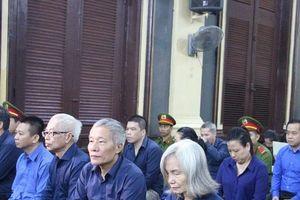 Hai lãnh đạo 'chóp bu' của DongABank ân hận, xin lỗi thuộc cấp