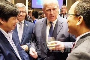 Việt Nam có vai trò rất quan trọng đối với chiến lược thương mại của Anh
