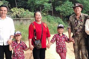 Sau chia sẻ ám chỉ chuyện chia tay, MC Nguyễn Hoàng Linh và hôn phu tay trong tay về quê ngoại