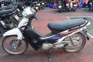 Tìm chủ sở hữu xe mô tô Honda Wave độ màu đỏ thành trắng