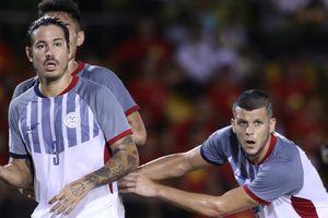 Cầu thủ Philippines ghen tỵ khi tuyển Việt Nam được bay thẳng