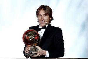 Modric giành Quả bóng vàng, phá vỡ thế thống trị của Ronaldo, Messi
