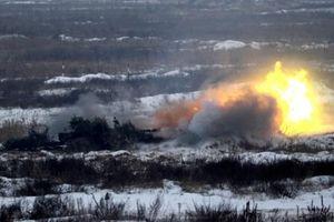 Tổng thống Poroshenko chỉ đạo vũ khí phòng không bắn đỏ trời
