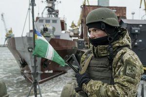 Giữa căng thẳng với Nga, Ukraine bắt đầu tuyển quân dự bị