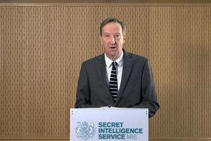 Giám đốc Cục tình báo Anh 'nhắc nhở' Nga, dè chừng Trung Quốc