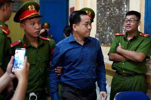 Đại án DongA Bank: Trần Phương Bình khai không bàn trước với Vũ 'nhôm' vụ 200 tỉ