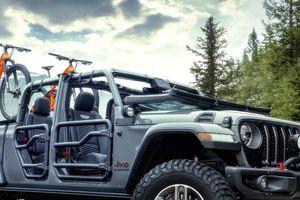 Lạ lẫm với 'lính chiến' bán tải Jeep Gladiator 2020