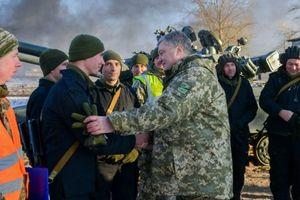 Ukraine huấn luyện quân dự bị chuẩn bị cho chiến tranh