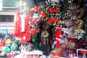 Thị trường hàng hóa Giáng sinh 2018: Hàng Trung Quốc vẫn chiếm ưu thế