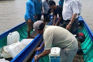 Chìm tàu chở hàng ở Cà Mau, thiệt hại trên 400 triệu đồng