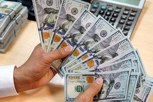 Tỷ giá ngoại tệ ngày 4/12: Giá USD tại nhiều ngân hàng nghịch chiều