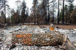 Cháy rừng California (Mỹ): Số người mất tích giảm từ 1.200 xuống còn 11