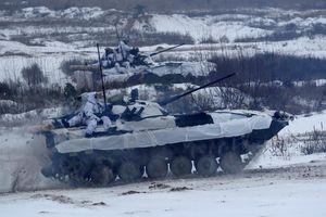 Quân đội Ukraine tập trận cực lớn răn đe Nga trong tình hình nóng bỏng