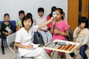Tăng cường sàng lọc, phát hiện điều trị bệnh lý mù lòa cho trẻ