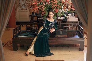 'Nữ hoàng ảnh lịch' Diễm My khoe vẻ đẹp không tuổi với áo dài