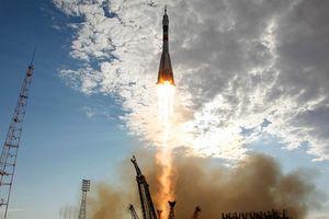 Mỹ phát sốt khi Nga phóng vật thể bí ẩn