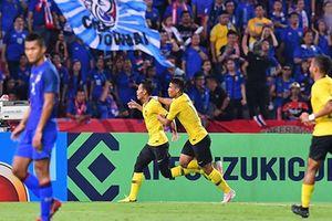 Thần may mắn chắp cánh, mãnh hổ Malaysia vào chung kết