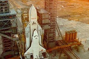 Vì sao Liên Xô từ bỏ dự án tàu vũ trụ Buran siêu việt hơn cả của Mỹ?