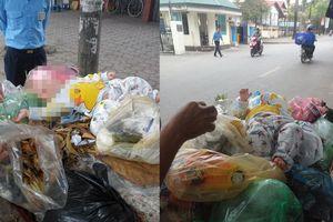 Hà Nội: Bé trai 4 tháng tuổi bị bỏ rơi nằm trên thùng rác