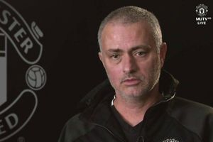 Mourinho muốn MU sa thải, Real chờ sẵn bổ nhiệm