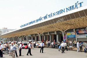 Hành khách định tấn công tiếp viên hàng không vì bị thay đổi nơi hạ cánh