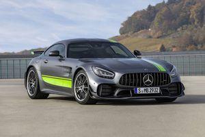 Cận cảnh siêu xe Mercedes-AMG GT-R Pro 2020, đối thủ của Porsche 911