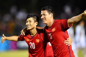 Đội bóng Thái săn người hùng tuyển Việt Nam