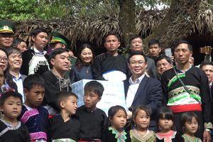 Phó Thủ tướng Chính phủ Vương Đình Huệ thăm và làm việc tại Lai Châu