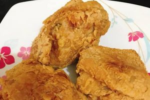 Nữ sinh viên 9x bật mí bí kíp làm gà rán đơn giản mà vỏ giòn rụm, thịt mềm ngon ưng ý
