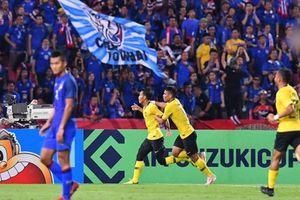 Adisak đá hỏng phạt đền phút bù giờ, Thái Lan nhường vé vào chung kết cho Malaysia