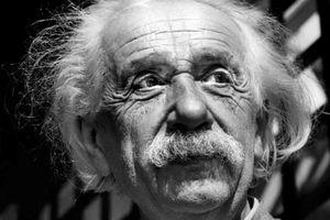Bức thư của thiên tài Einstein được bán đấu giá gần 3 triệu USD
