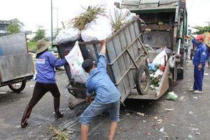 Mua rác của người dân để bảo vệ môi trường sống