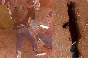 Thanh niên nổ súng trong sân chùa rồi rút dao tự sát